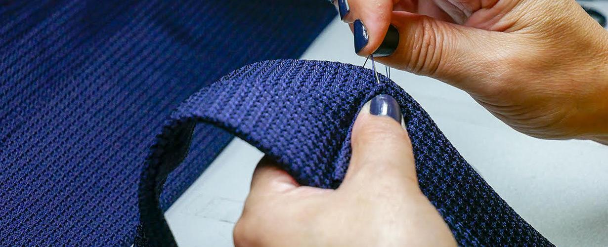 ドレイクスの英国製ネクタイ